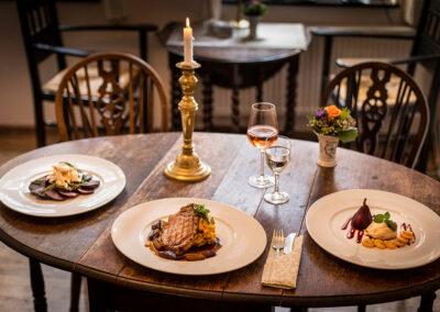 Restaurant Teestübchen im Schnoor mit Café & Hofgarten