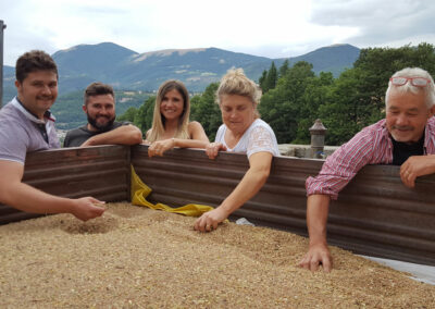 arteFakt-Olivenölkampagne – Familie Angelini in Monteleone di Spoleto